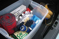 a winter emergency car kit is essential for safe winter travels